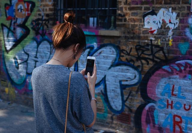 Con una aplicacion para rastrear un celular es facil descubrir cualquier secreto